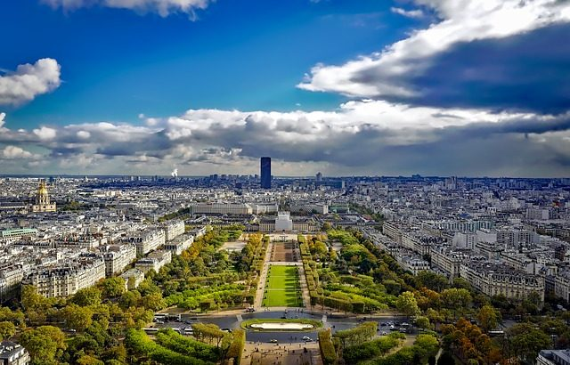Charles de Gaulle To Downtown Paris