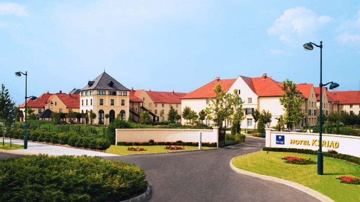 Charles de Gaulle To Hotel Campanile Val de France