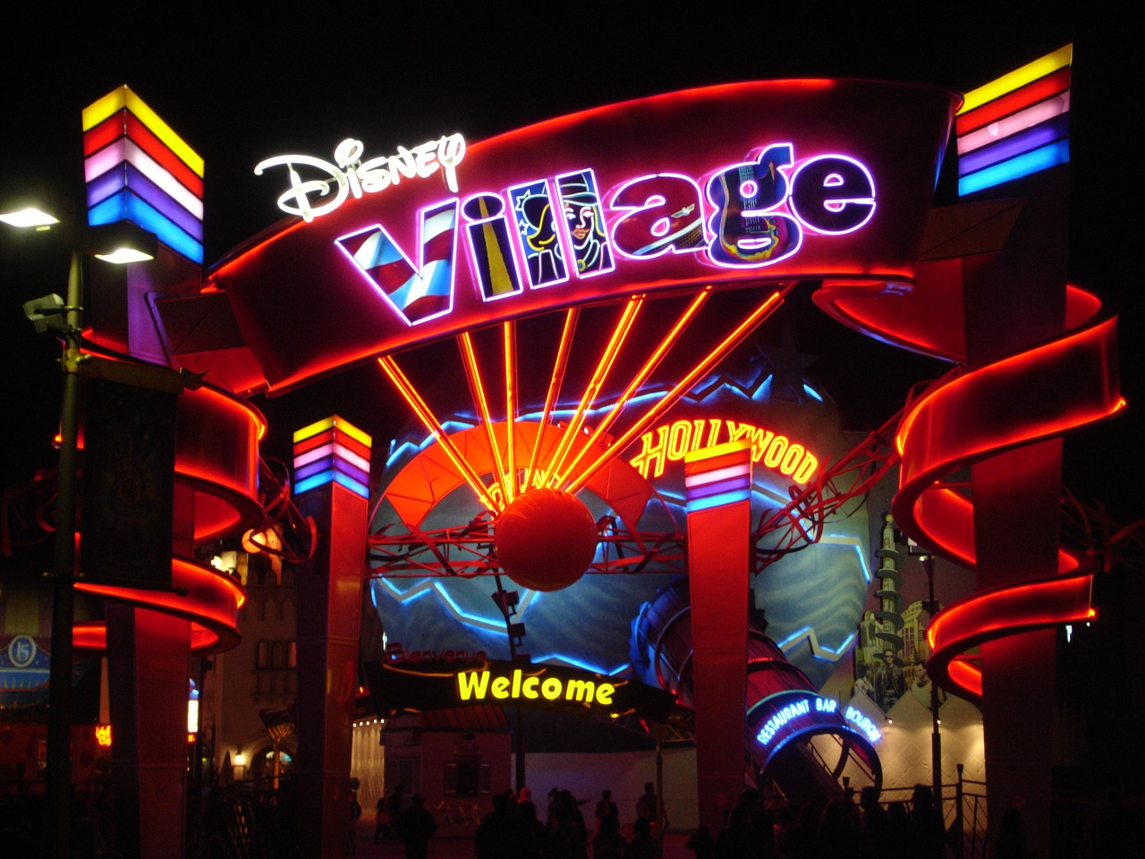 How To Get from Orly Airport to Disneyland Paris