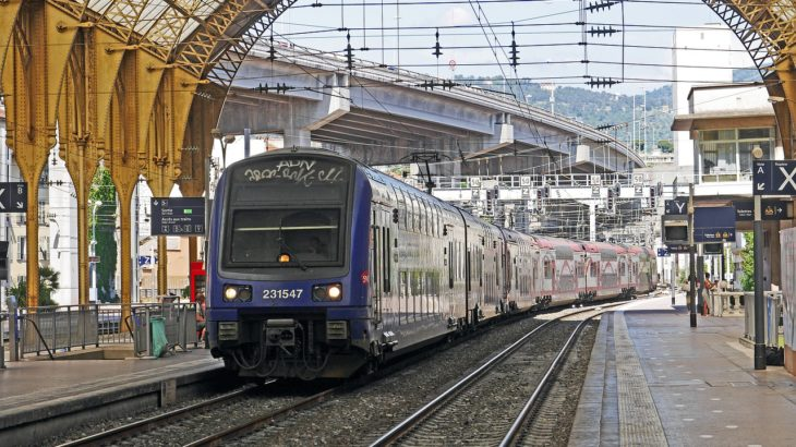 Charles de Gaulle to Gare d'Austerlitz