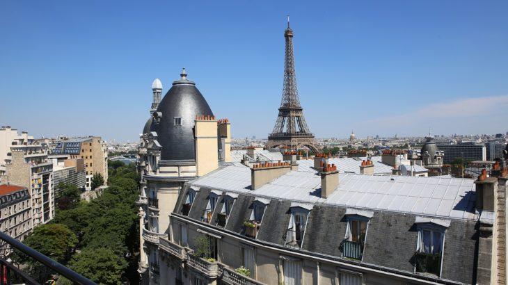 Explorers Hotel to Paris